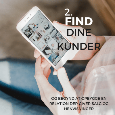 Person, der holder telefon med instagram på
